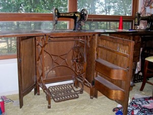 """This Free brand machine was promoted as """"The sanitary sewing machine"""" because the treadle lifts up when the machine is lowered making it easier to clean underneath it."""